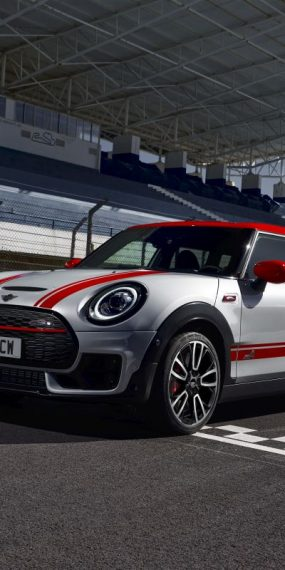 MINI John Cooper Works Clubman şi Countryman